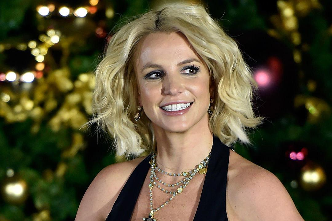 Britney Spears Submits Herself To Mental Health Facility