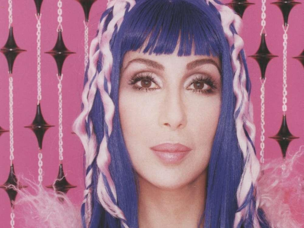 """Cher Calls Trump A """"Lizard Brain"""" And """"Thug"""" After The President Agreed With Her"""