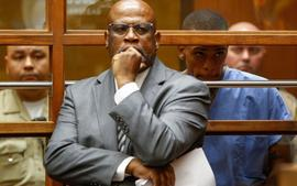 Eric Holder's Lawyer Chris Darden Did Not Tell His Daughter Before Taking The Case And She Now Has To Deal With The Backlash