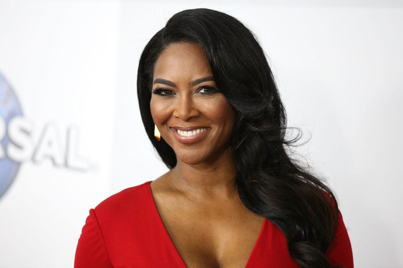 Kenya Moore Announces An Exciting Partnership With 'Sally Beauty' - Her Dream Of Having A Great Hair Line Is Now A Reality