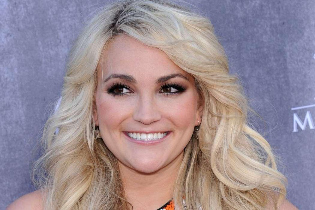 Jamie Lynn Spears Has Been Busy Taking Care Of Her Father Amid His Health Struggles