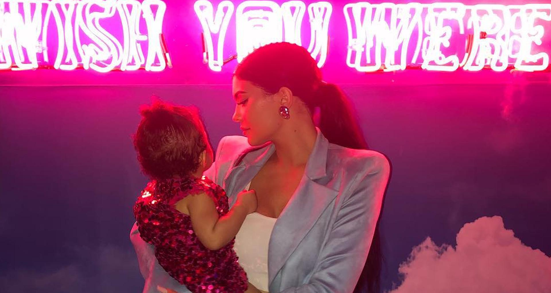 Kylie Jenner Films Herself While Doing Stormi's Hair And People Respect The Fact That She Learned How To Style It