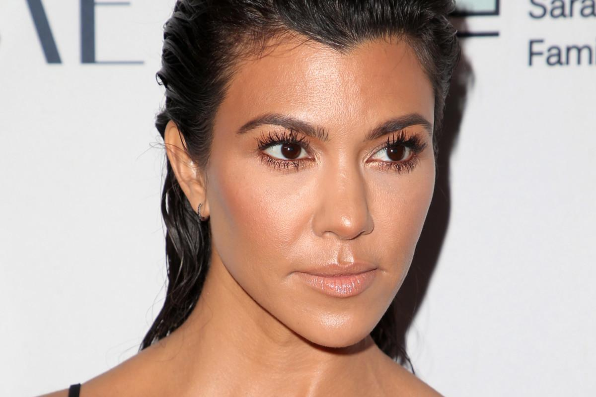 KUWK: Kourtney Kardashian Is Almost 40 And Still Single - Here's What She Thinks About That!