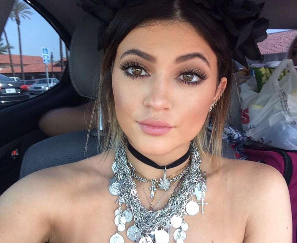 Kylie Jenner Says She's Doing Her Best To Only Focus On The Good