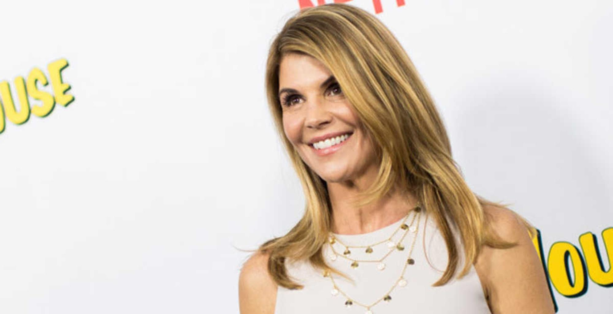 Lori Loughlin And Mossimo Giannulli Are Stressing Over Upcoming Court Hearing -- They Want This To Be Done