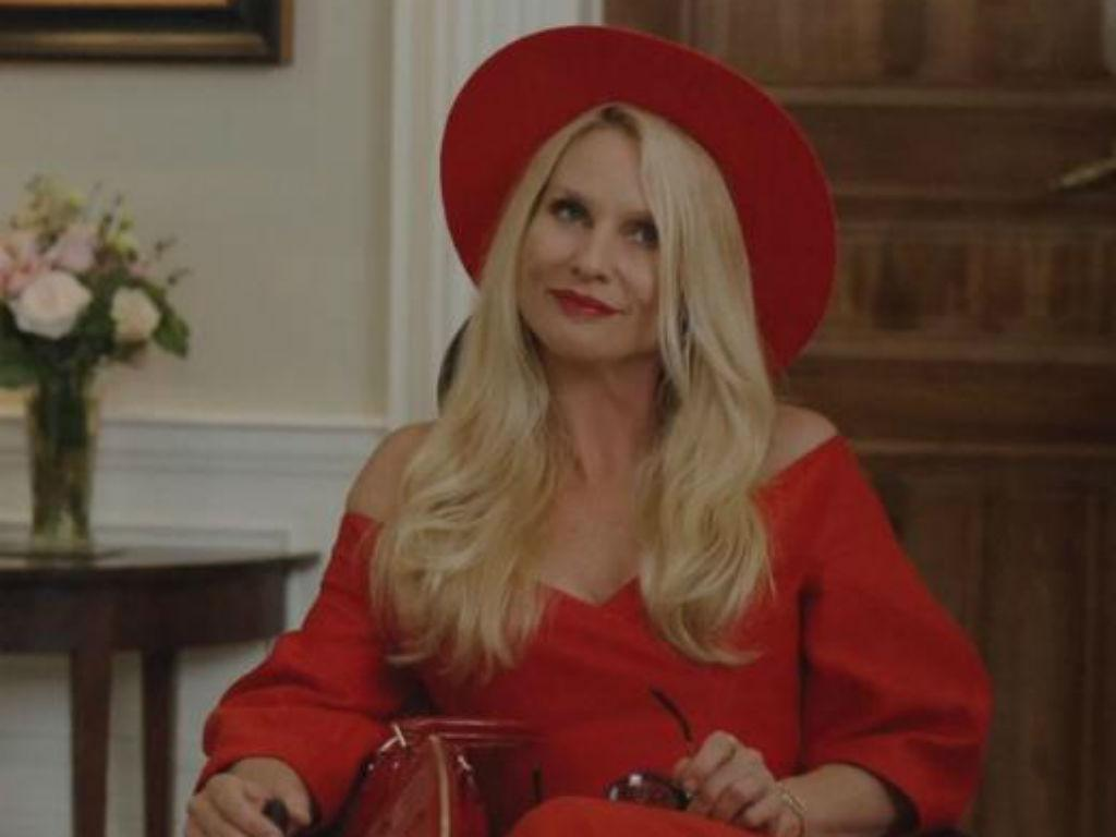 'Dynasty' Reveals Alexis Carrington Recast In Shocking Twist After Nicollette Sheridan's Sudden Exit