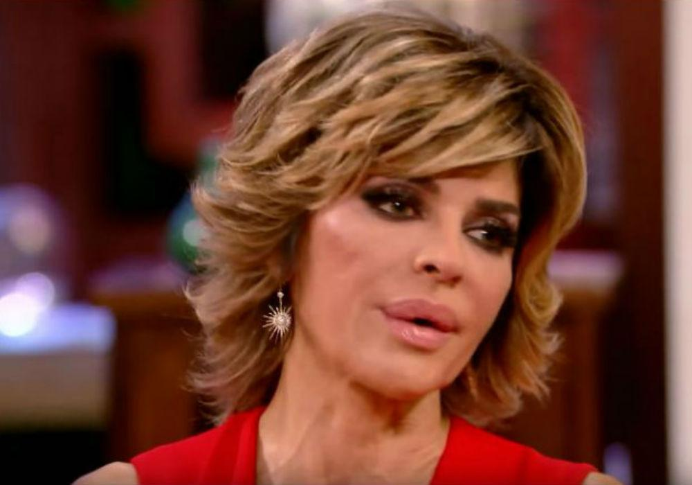 RHOBH Lisa Rinna Denies She Is The One Who Leaked The Lucy Lucy Apple Juicy Story