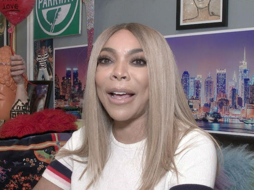 Wendy Williams Pokes Fun At Kevin Hunter Poison Accusations With Joke About Cupcakes