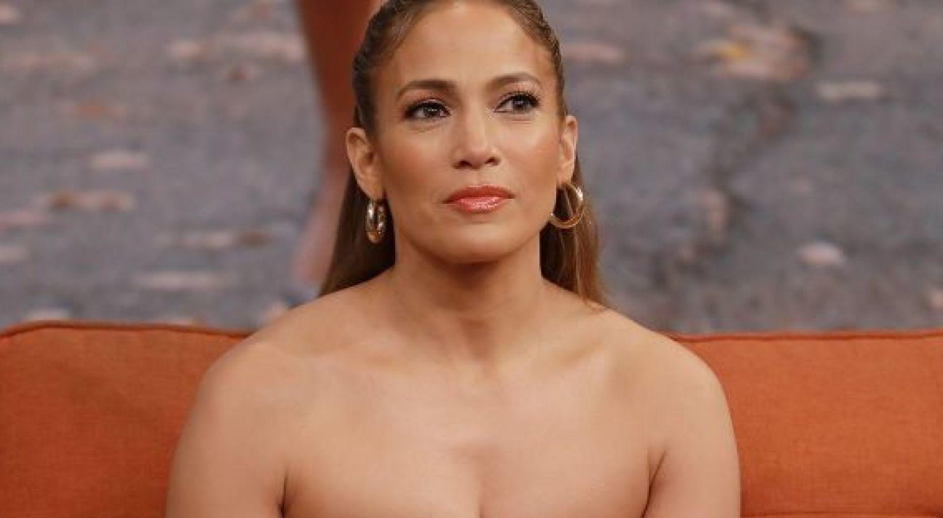 Jennifer Lopez - Did She Just Give Fans A Preview Of Her Wedding Dress?