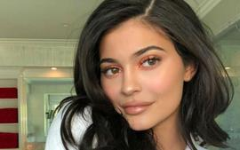 """Kylie Jenner Launches New Vegan Skincare Line What Can Fans Expect From """"Kylie Skin""""?"""