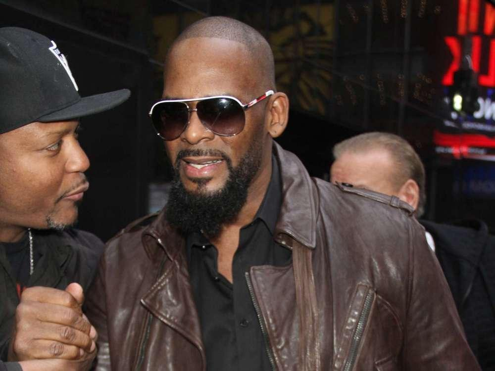 R. Kelly Appears In Chicago Court Today Beginning The First Stages Of His Sex Abuse Trial