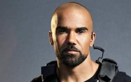 Shemar Moore Serves NSFW Clapback At Fan Who Accused Him Of Being Gay -- Leaves Fans Shocked!