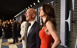 Jeff Bezos Ex-Wife MacKenzie Reveals She'll Donate Much Of Her Divorce Settlement To Charity