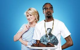 Kandi Burruss Has A Blast Judging The Food On Snoop Dogg And Martha Stewart's Show - See The Video
