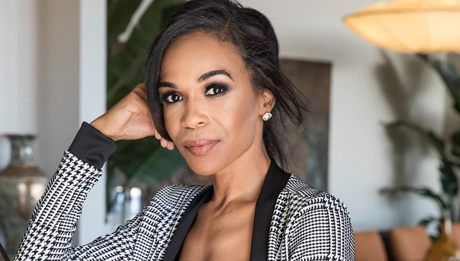 Michelle Williams Flaunts Her Oiled-Up Abs In Sizzling Picture After Reconciling With Fiancé Chad Johnson -- Some Fans Are Still Asking For Destiny's Child To Return