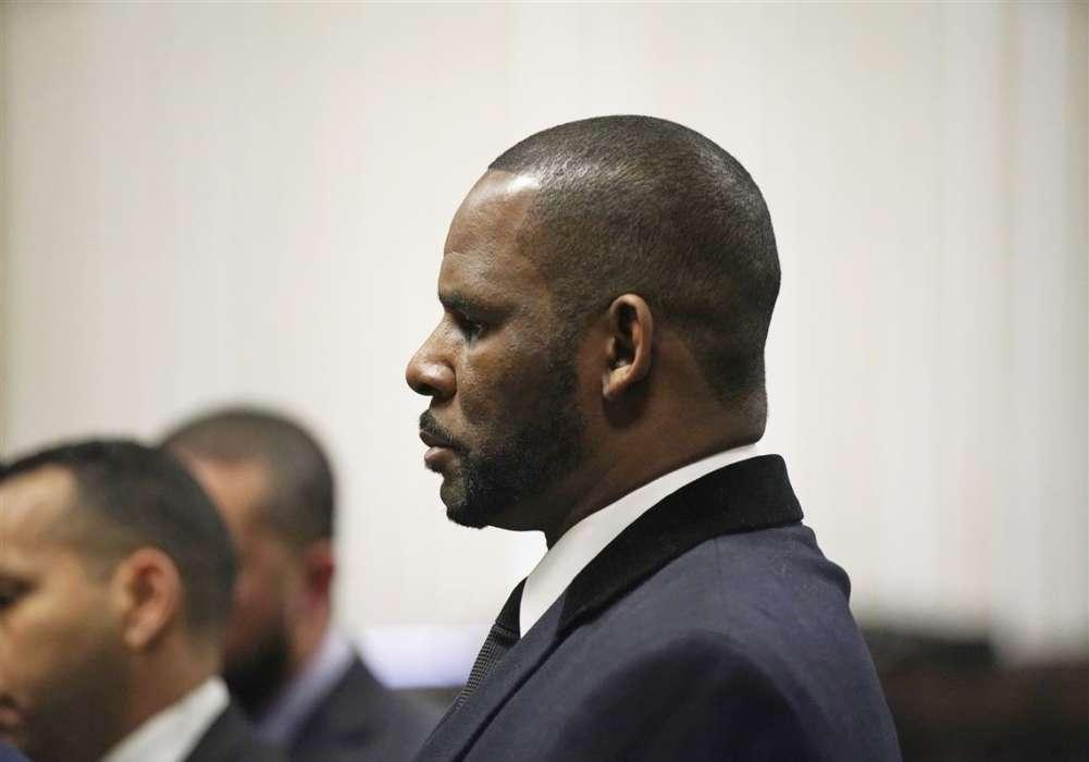 R. Kelly Slapped With 11 More Sexual Assault Charges - Kelly's Lawyer Says The Claims Are 'Old'