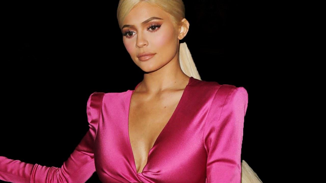 Kylie Jenner Gets Blasted After Her Latest Post On Social Media - Check Out The Caption That Has People Talking
