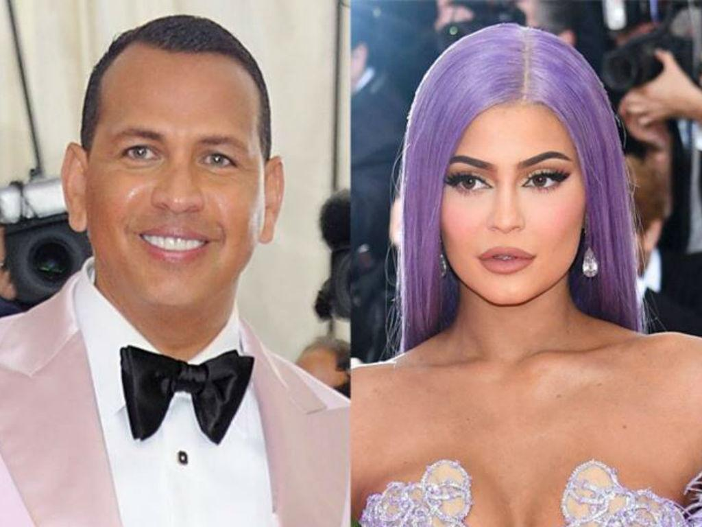 Alex Rodriguez Clarifies Kylie Jenner Met Gala Comments After She Shuts Him Down On Twitter