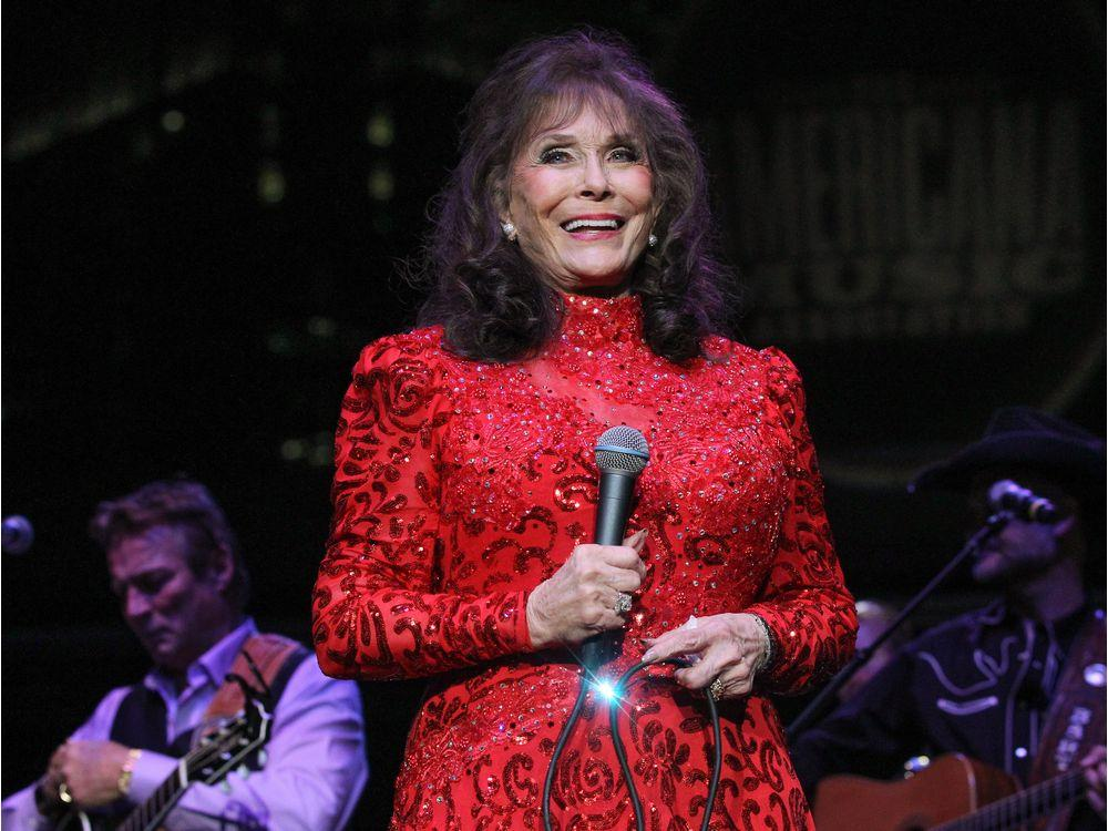 Loretta Lynn Hits Out At All Those Who Have Claimed She's On Her Death Bed