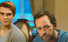 Riverdale Will Honor Luke Perry In With Special Season 4 Premiere Episode 'In Memoriam'