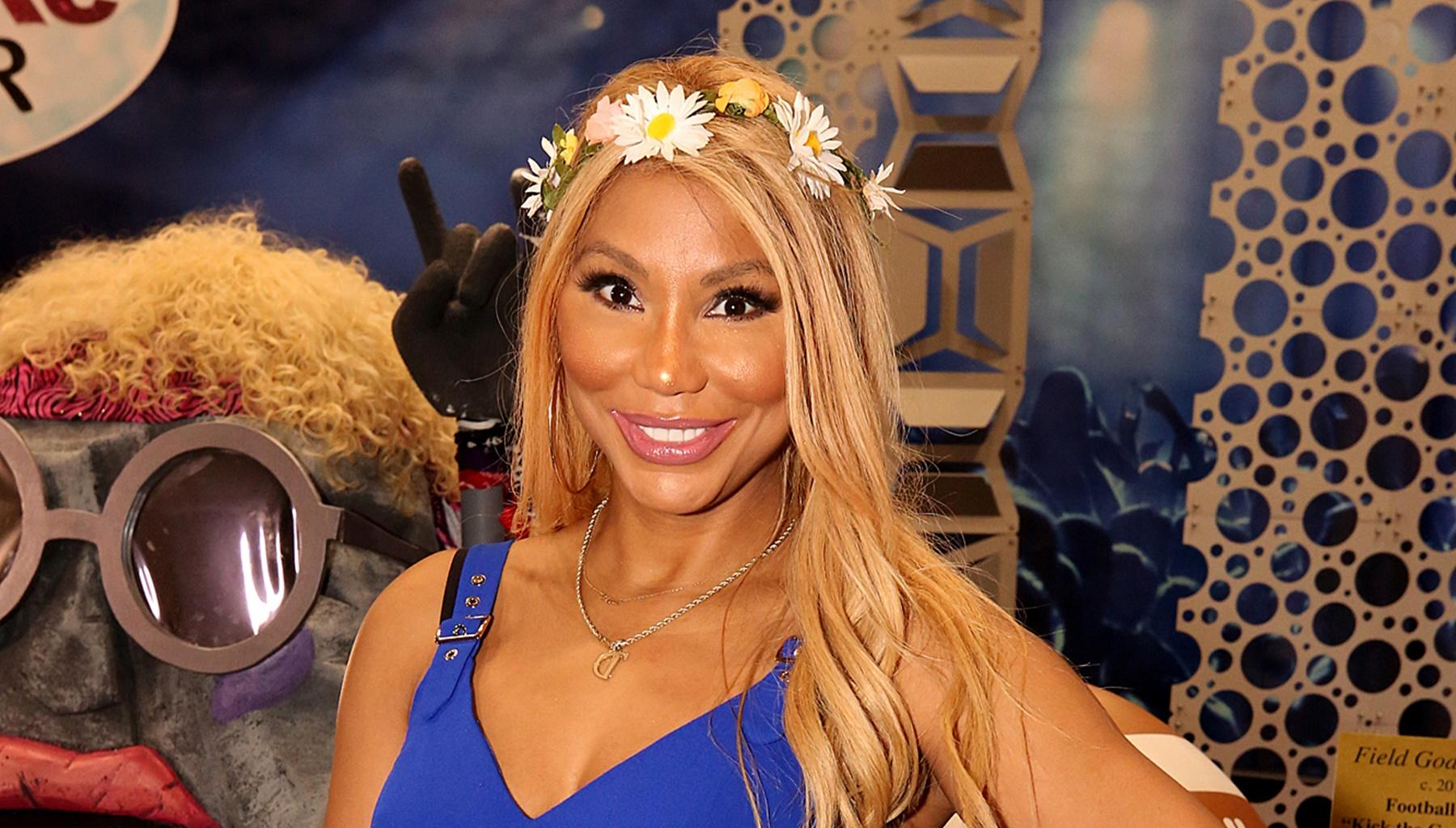 Tamar Braxton's Boyfriend, David Adefeso, Shares Never-Before-Seen Picture Of His GF Without Makeup In His Kitchen Washing His Dishes And Explains The Beauty Behind Her Act Of Kindness
