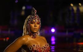 Ashanti And Sister Shia Douglas Drop Alluring Bathing Suit Pictures -- Fans Were Not Ready For That Summer Heat