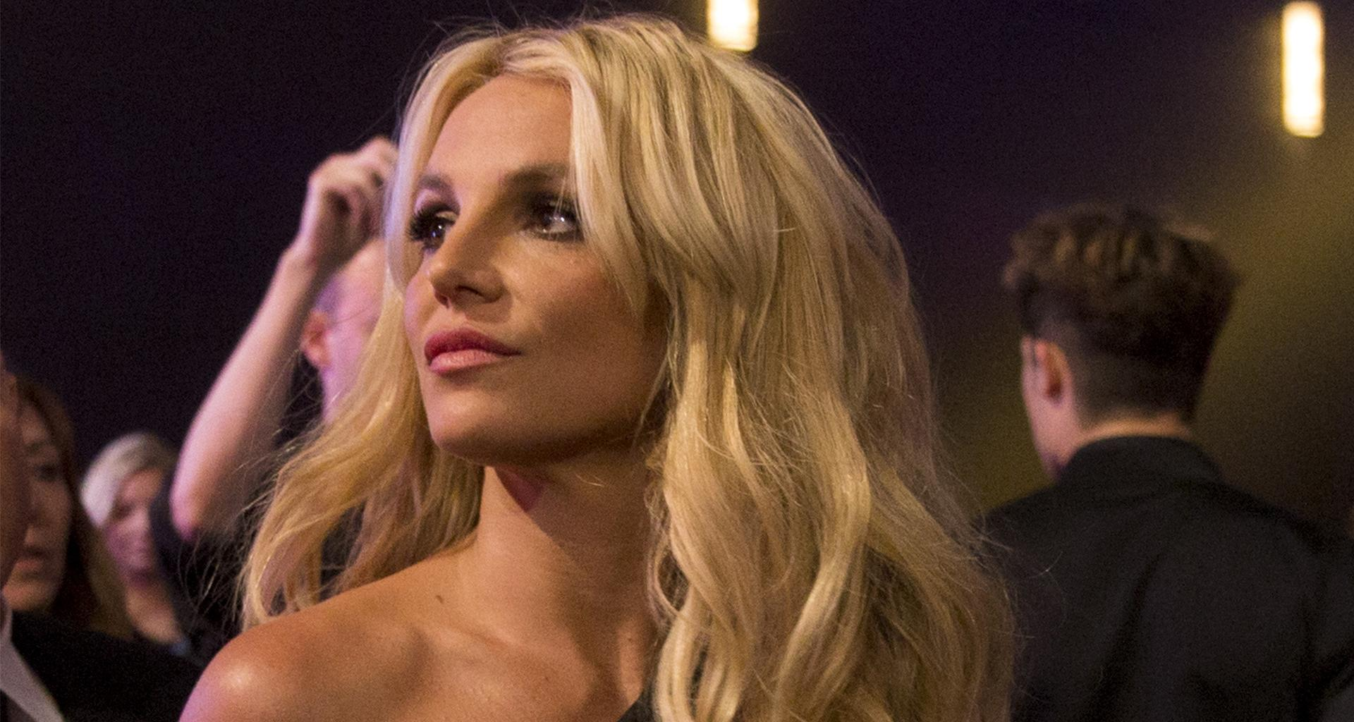 Britney Spears Reportedly Always Worries Over What Other People Think About Her!