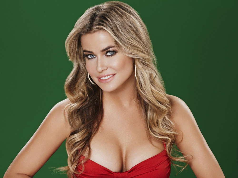 Carmen Electra Says She Has Nothing But Love For Her Ex Dave Navarro