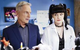 Former NCIS Star Pauley Perrette Now Claiming Mark Harmon Intimidated And Assaulted Her Into Leaving The Show
