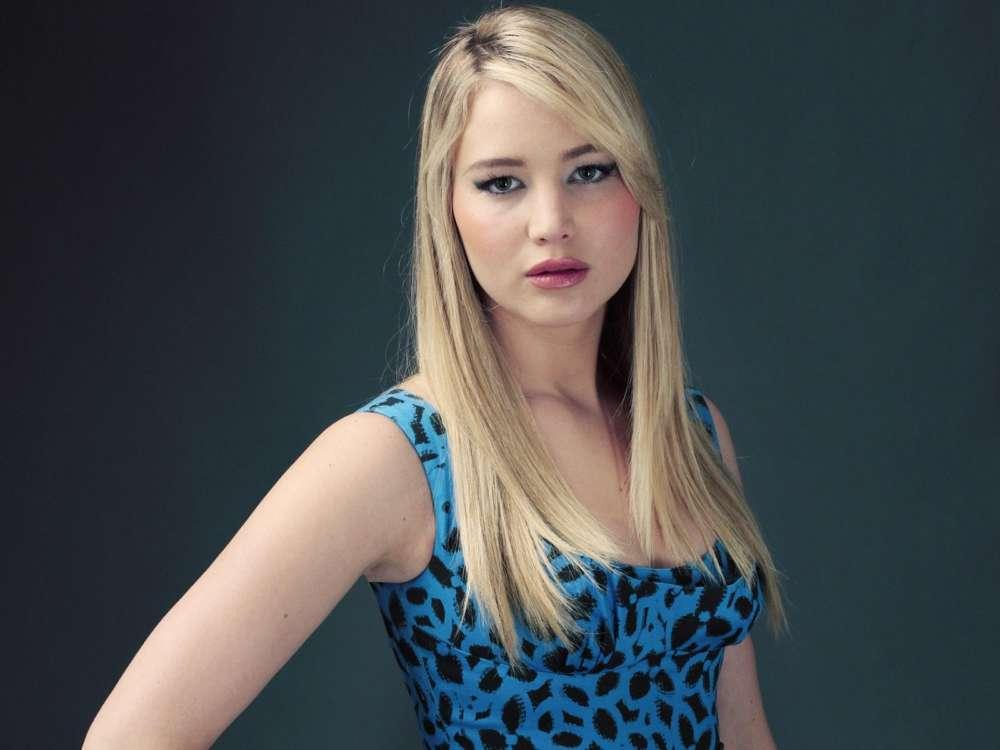 Jennifer Lawrence Dishes On Her New Life And New Fiancé