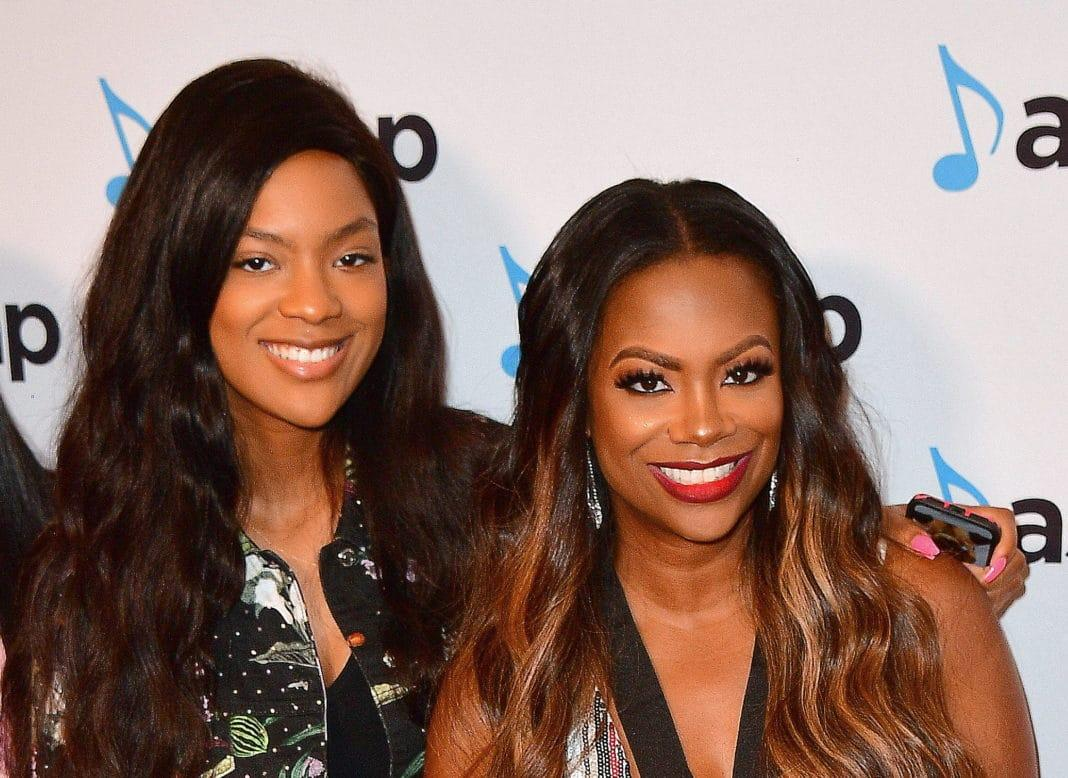Kandi Burruss Is Having The Time Of Her Life With Riley Burruss In Tokyo - Check Out Their Latest Pics & Video