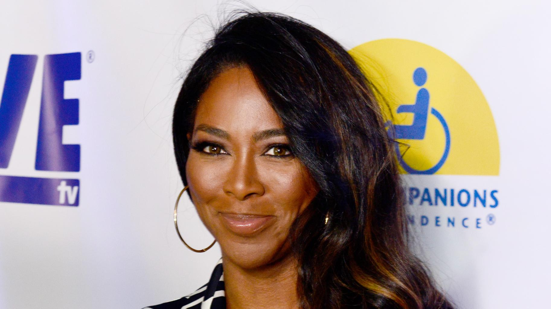 Kenya Moore Annoucens Her Fans That She'll Make An Appearance In The 'Family Reunion' Netflix Series