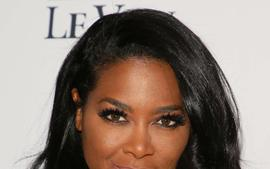 Kenya Moore Is Rocking Fenty Beauty Lip Color And Fans Are In Love With Her Look