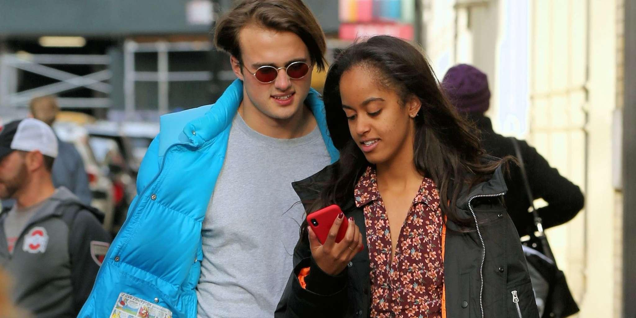 Malia Obama Is Spotted With Her Boo In Los Angeles - Some Fans Hate That She's Smoking - See The Pics