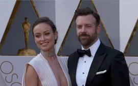 Jason Sudeikis Hilariously Roasts Olivia Wilde Over An Incident With Their Son At Disneyland In New Video