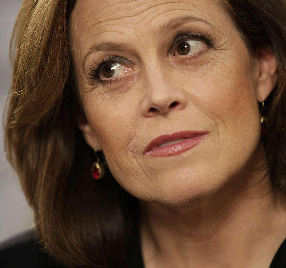 Sigourney Weaver Reveals Some Of The Cast For The Upcoming Ghostbusters