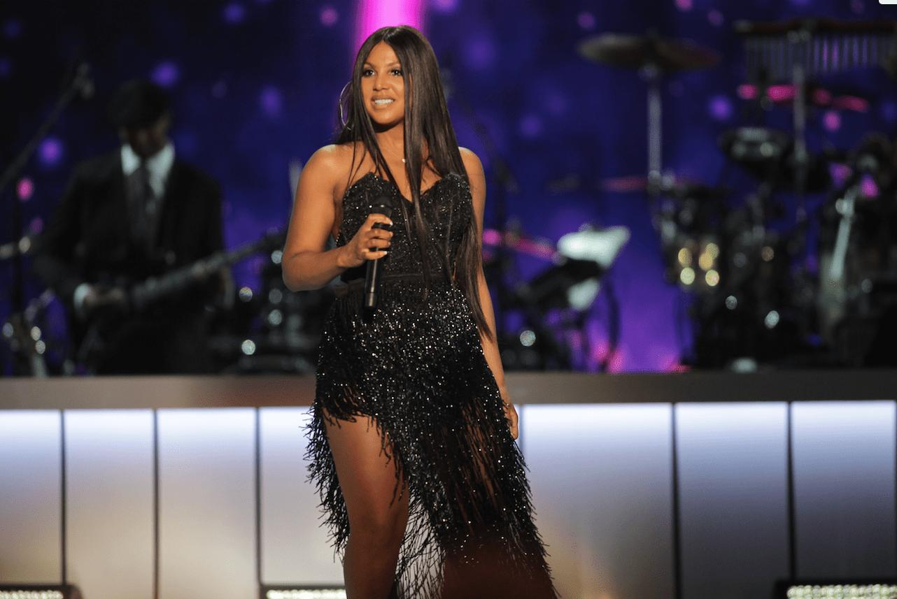 Toni Braxton Looks Gorgeous For Her Date Night And Her Sisters, Trina And Tamar Are Here For It