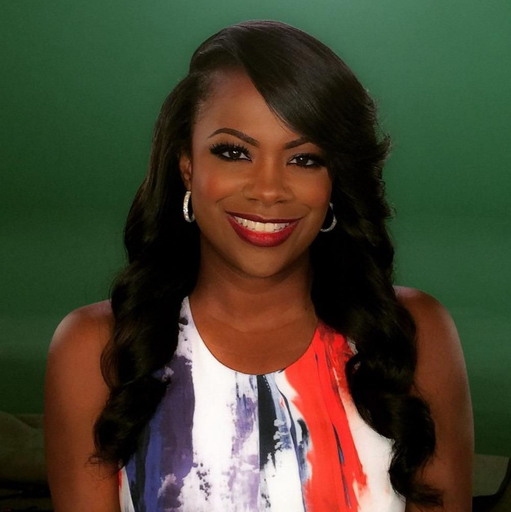 Kandi Burruss' Fans Freak Out After She Shares A Photo Of Herself In A Wheelchair