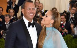 J. Lo Twerked On A-Rod For His Birthday - Here's The Video