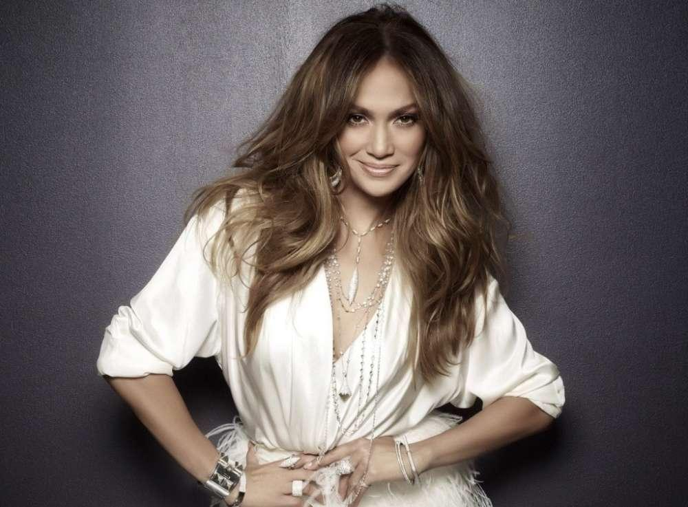 Jennifer Lopez Is 'Devastated' After She Has To Cancel Her Show Over Electricity Failure