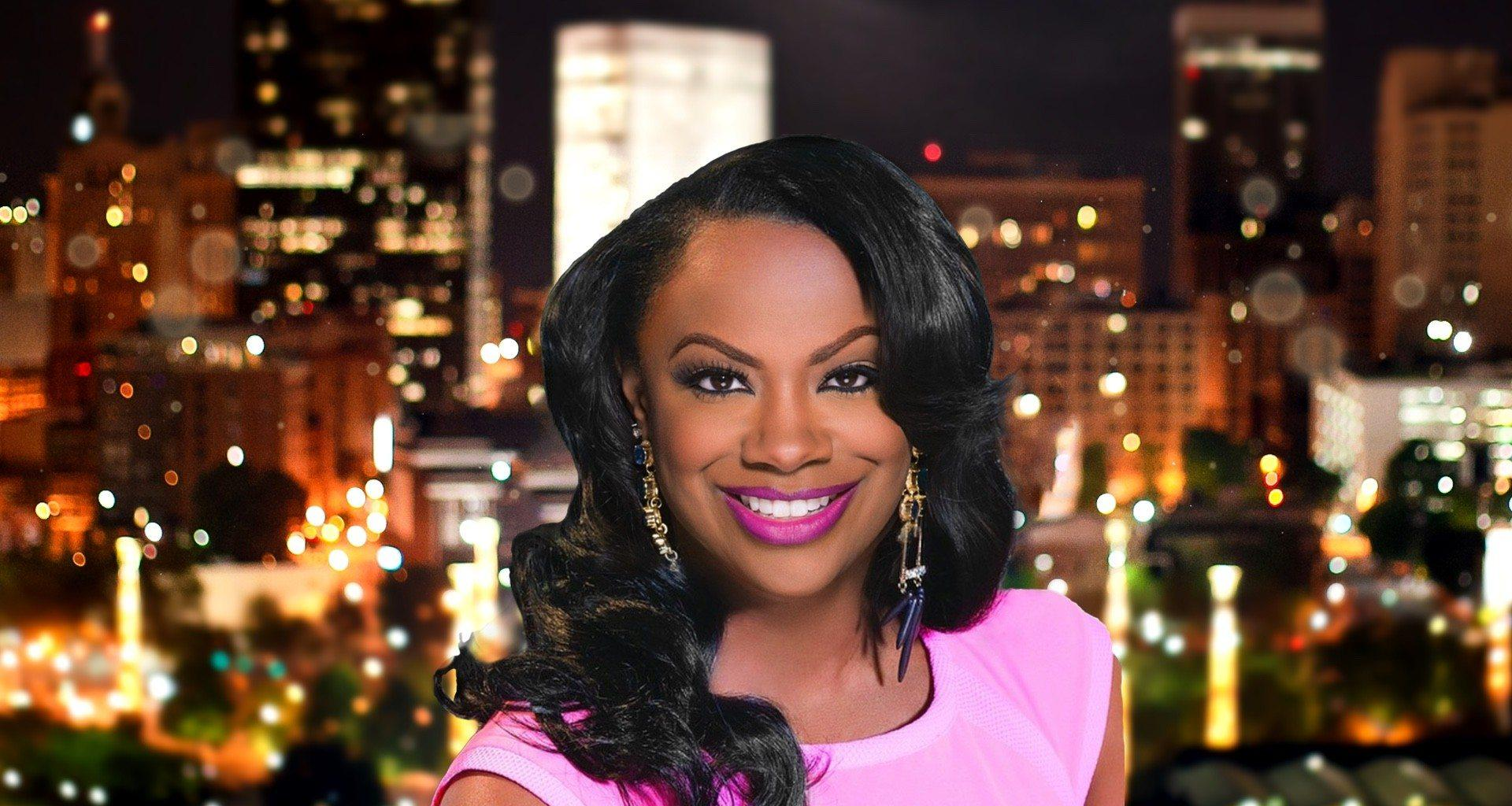 Kandi Burruss Looks Amazing While Hosting 'Strahan And Sara' - Check Out Her Latest Pics