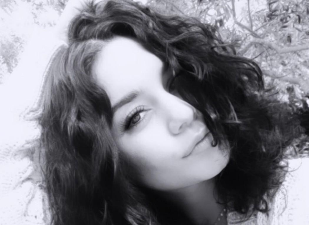 Vanessa Hudgens Looks Gorgeous With Sleek Hair — Check Out The Photos