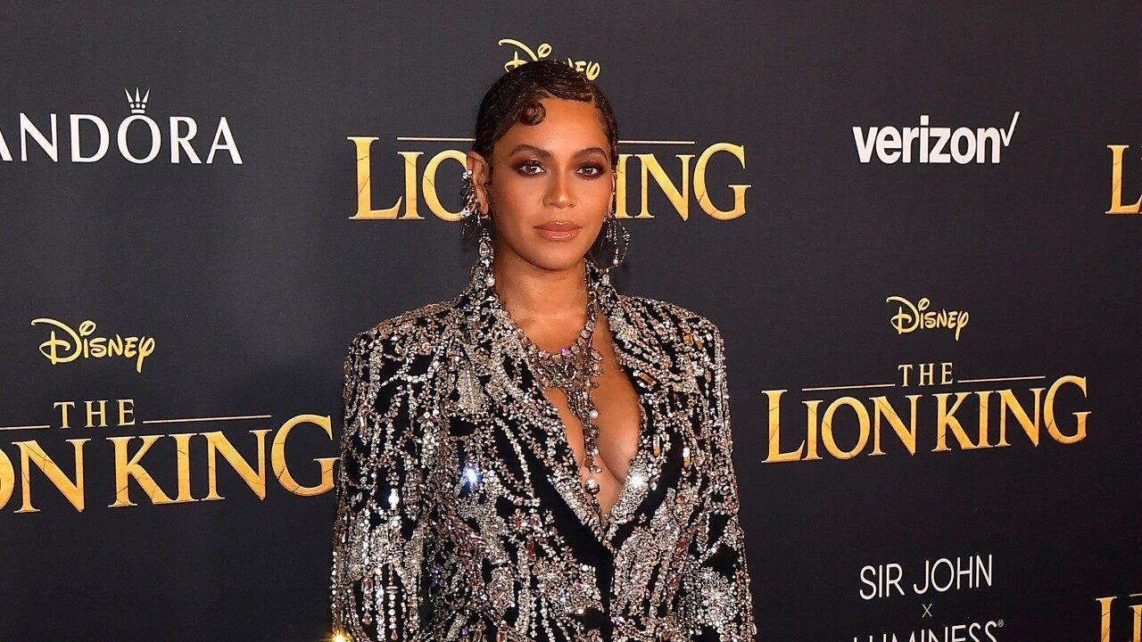 Beyonce And Daughter Blue Ivy Look Stunning In Matching Red Carpet Outfits At The 'Lion King' Premiere