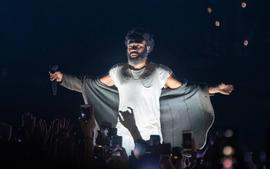 Childish Gambino Delivers Incredibly Touching Inspirational Message While On Stage