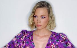 January Jones Stuns In Purple At The Politician Party