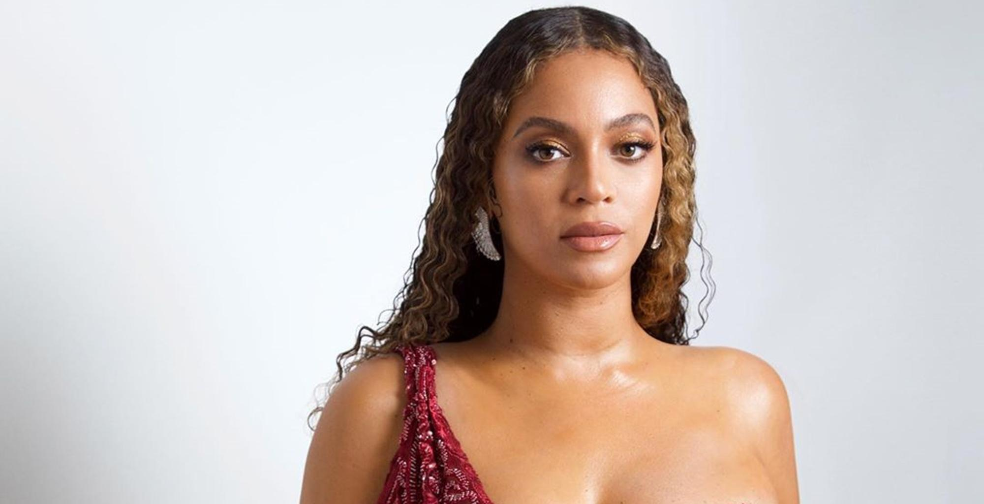 Is Beyonce Heading To The Superbowl Halftime Show? Fans Think So After Jay-Z's Latest Move
