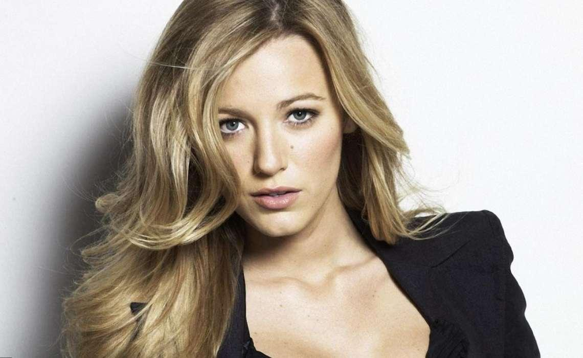 Blake Lively Getting Ready To Have Her Third Child With Ryan Reynolds - The Star Is Relaxing In New York