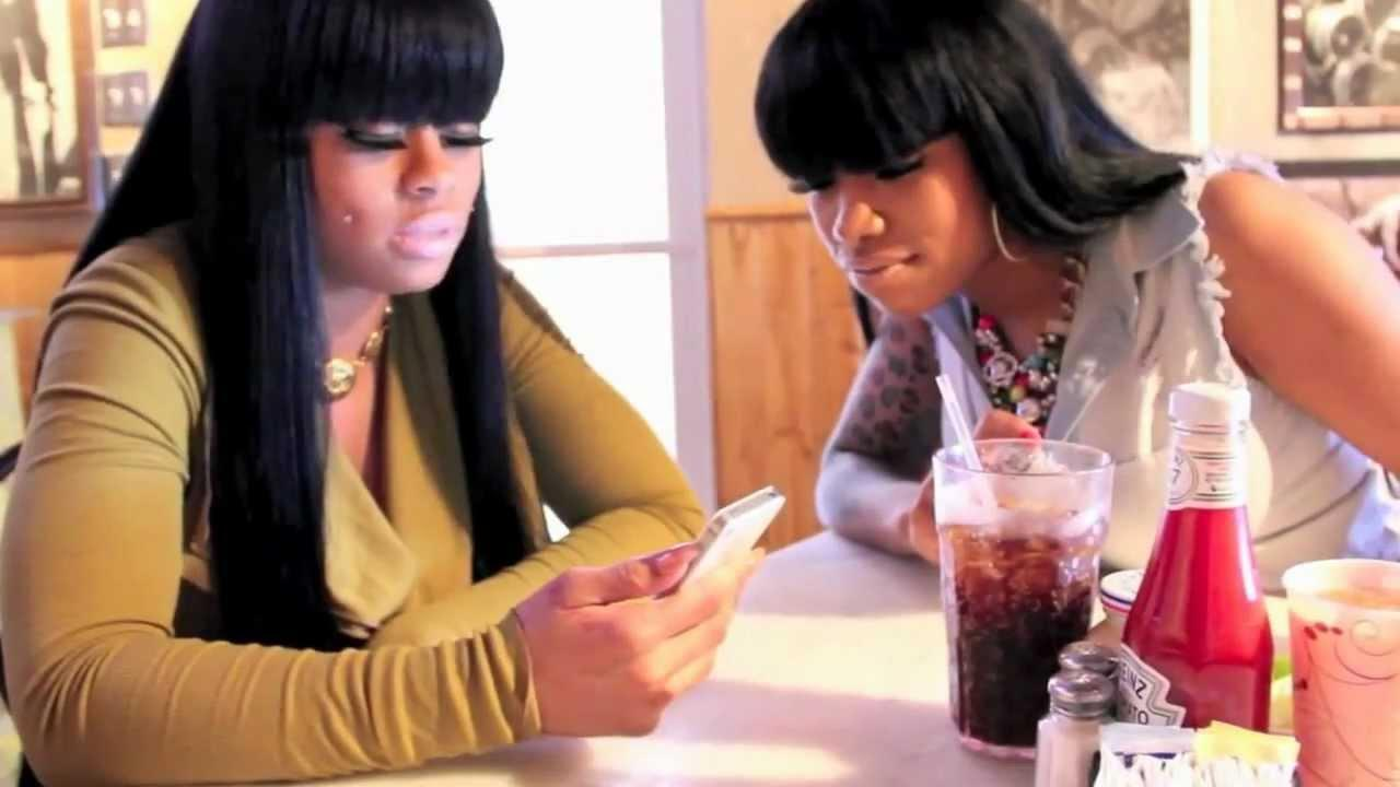 Fans Upset To See Blac Chyna Feud With Her Best Friend On Reality Show -- Treasure Accuses Her Of Embezzlement Before Getting Kicked Out!
