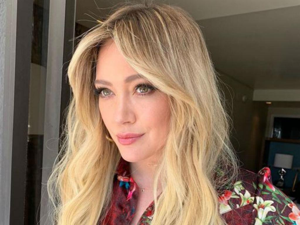 Hilary Duff Gushes Over Playing Lizzie McGuire Again In Disney Revival