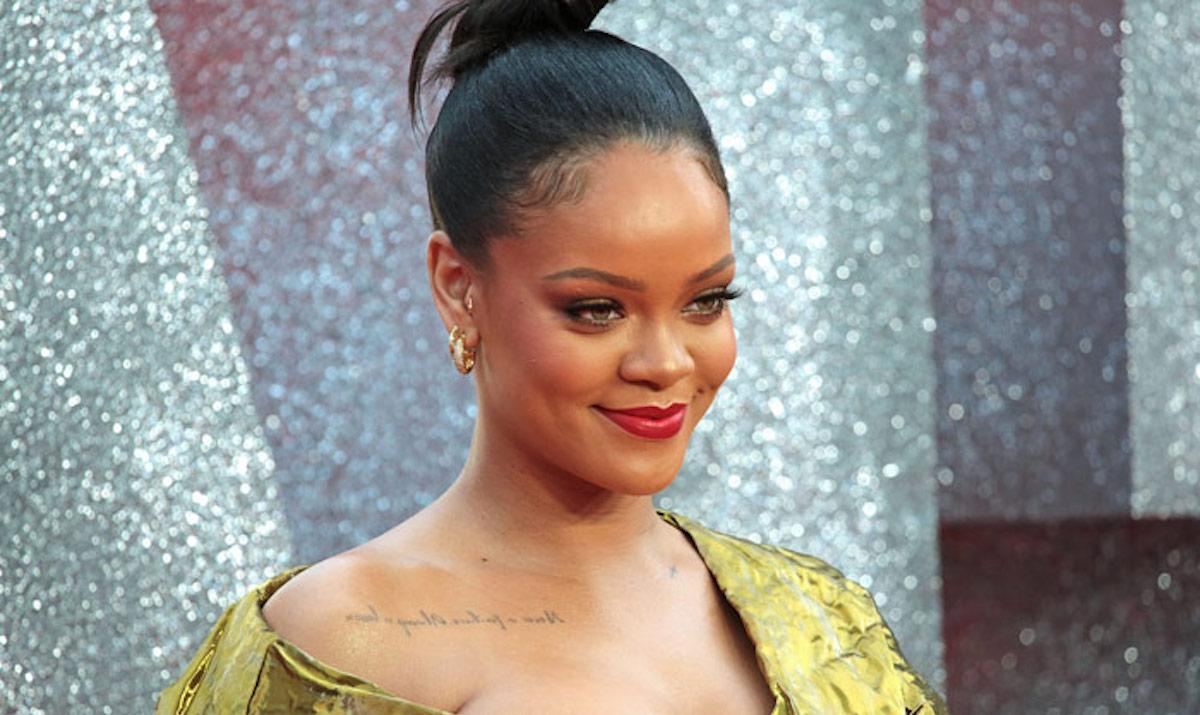 Rihanna Graces The Cover Of Vogue Hong Kong And She Looks Amazing - Still, Fans Have One Complaint